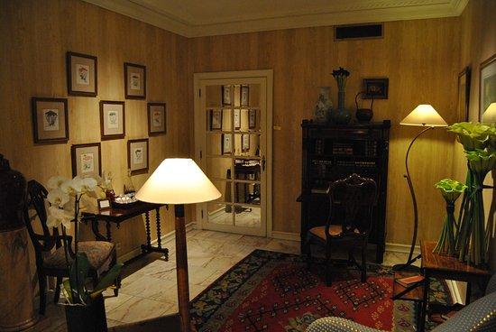 Hotel Lisboa Plaza: second petit salon