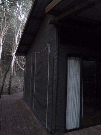 Rocktail Bay: L'entrée de la chambre
