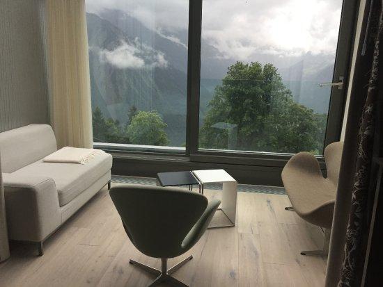 Maerchenhotel Bellevue: Sitzecke im Zimmer mit Frontview