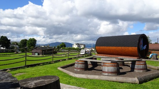 Isle of Bute, UK: One of the glamping pods with view on a surrounding area