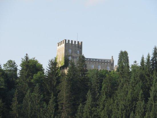Itter, Austria: Blick vom Tal aus