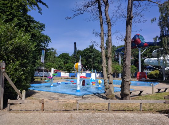 Duinrell wassenaar pays bas voir les tarifs et avis - Campsites in holland with swimming pool ...