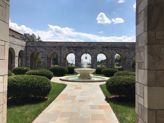 Ellicott City, MD: Courtyard