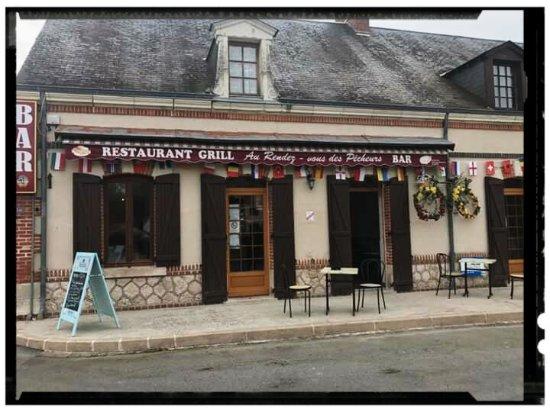 La Ferte-Imbault, Франция: Très bon endroit, pour un repas en famille !