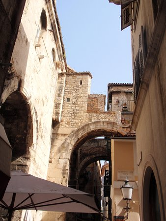 street view in front of Malena Palace rooms