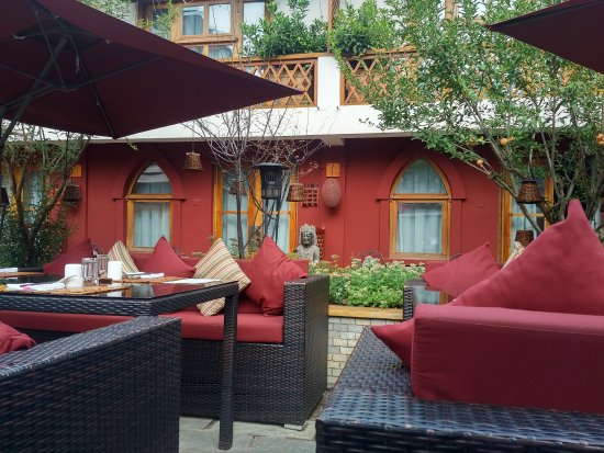 Red Wall Garden Hotel: IMG_20170814_1446192_large.jpg