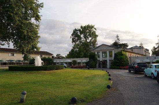Relais de Margaux : uen arrivée sympa à l'entrée du golf