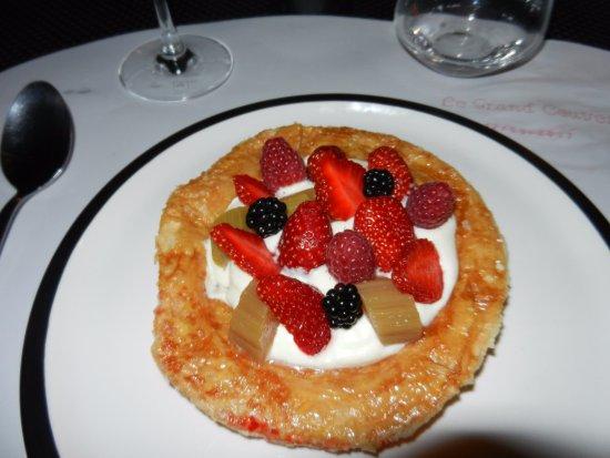 Iguerande, Prancis: Dessert excellent