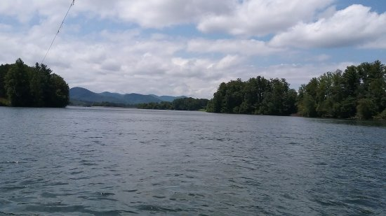 Arden, NC: View of Lake Julian