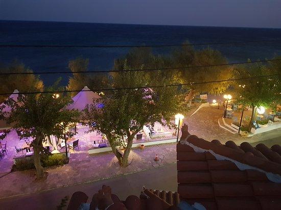 Votsalakia Hotel: 20170824_202206_large.jpg