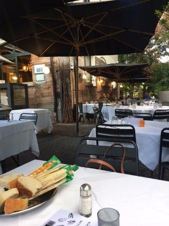 Ristorante Pizzeria Del Centro: Dehor del ristorante