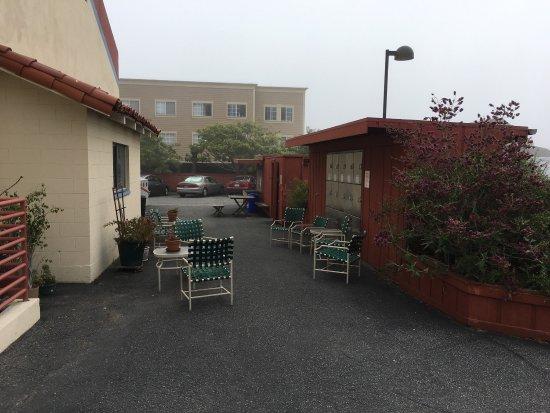 HI Monterey Hostel: Cute Hostel