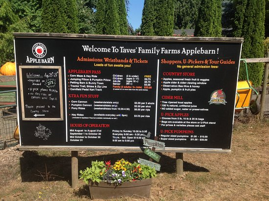 Applebarn at Taves Family Farms : All the info you need before going in