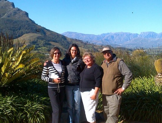 Lansdowne, Afrique du Sud : International tourists from UK, Germany, USA, as well as pictures of Billy Magan in and around C