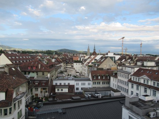 Schweizerhof Hotel & Spa: View of Bern from the rooftop bar