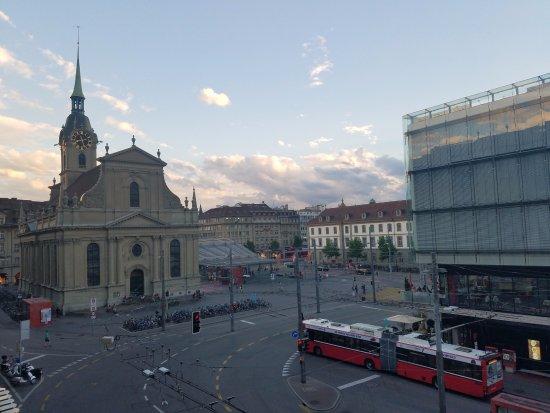 Schweizerhof Hotel & Spa: Centrally located