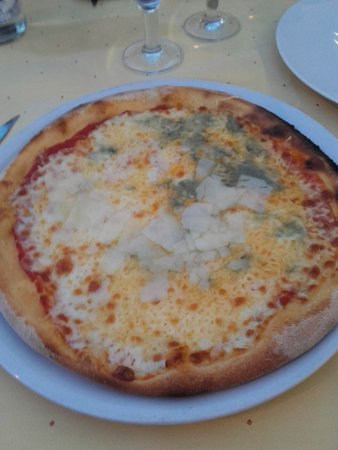 Llevant: pizza 4 fromages