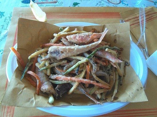 Circolo Pescatori: fritto misto di paranza (e verdurine)