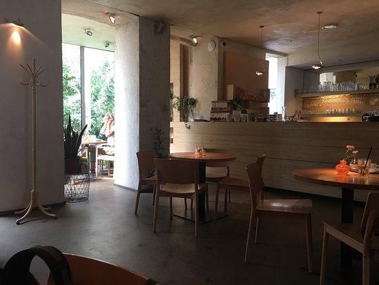 Mistral Cafe : photo0.jpg