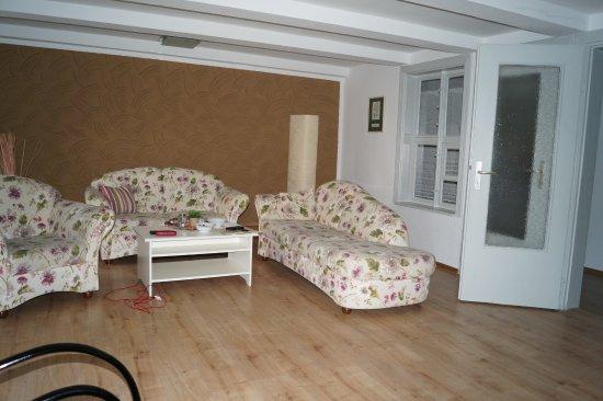 Das Wohnzimmer Ist Sehr Gross Picture Of Schlaf Gut Appartments