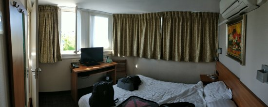 Hotel Central Park: IMG_20170827_103100-2304x927_large.jpg