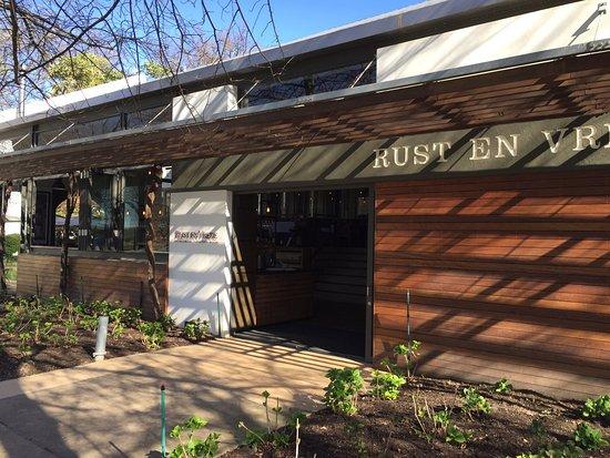 Rust en Vrede Tasting Room : photo2.jpg