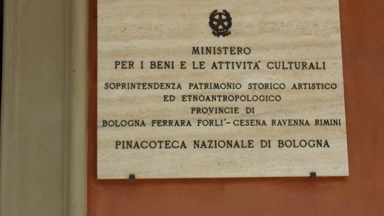 Pinacoteca Nazionale di Bologna : entrata museo