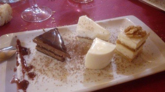 Vera de Moncayo, Hiszpania: surtido de tartas