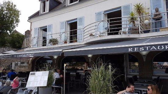 Le caf du port sainte marine 2 quai jacques de thezac for Exterieur quai le bouillon