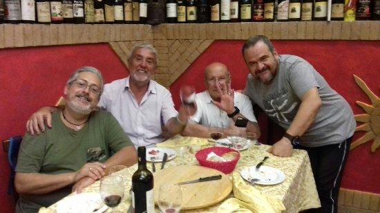 C'era Una Volta: Un saluto ad Angelo e tutto lo staff.....