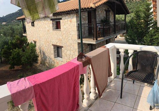 camera da letto , angolo cottura , terrazzo , portico dove si fa ... - Piscina In Camera Da Letto