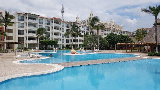 Flamingos Beach and Golf Resort