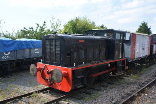 Mid Suffolk Light Railway Museum: Ruston & Hornsby 0-4-0 'Alston' at Brockford
