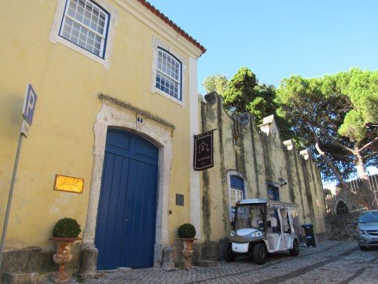 Solar Do Castelo: Facade.