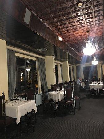 Titanic Restaurant: photo1.jpg