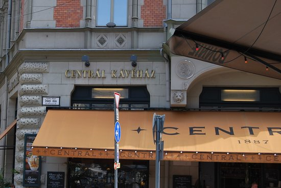 Central Cafe and Restaurant: Exterior del Café Central