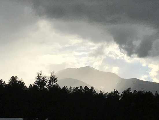 Salida, Κολοράντο: Just two of the beautiful pictures I've taken at Granite Mountain Outfitters!
