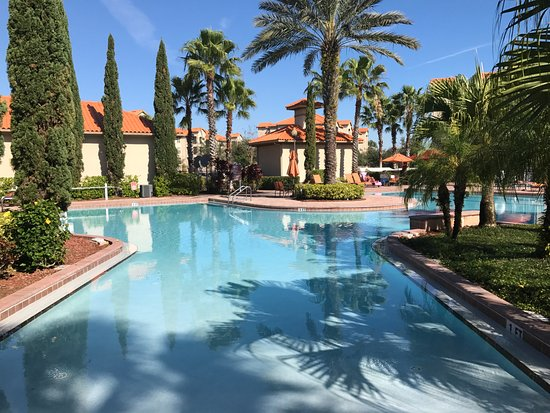 Tuscana Resort Orlando by Aston: Entrada a la alberca
