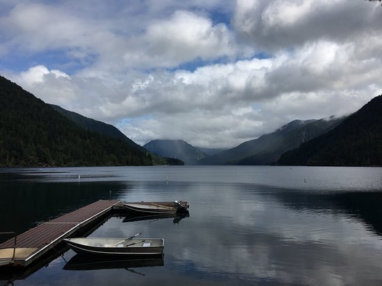 Crescent lake olympic national park all you need to for Log cabin resort lago crescent wa