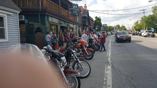 Schroon Lake, Nowy Jork: Flanagans Pub & Grill
