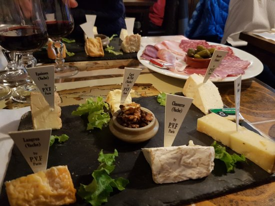 Pain Vin Fromage: Deliciousness