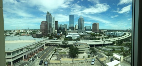 Embassy Suites by Hilton Tampa - Downtown Convention Center: Pano shot from our bedroom suite window (14th floor)