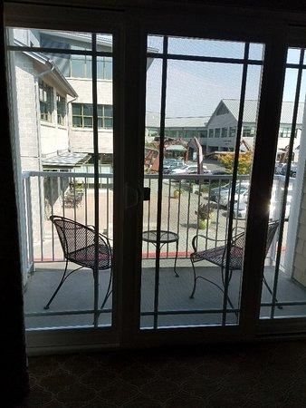 Hotel Bellwether: Executive Plaza room balcony