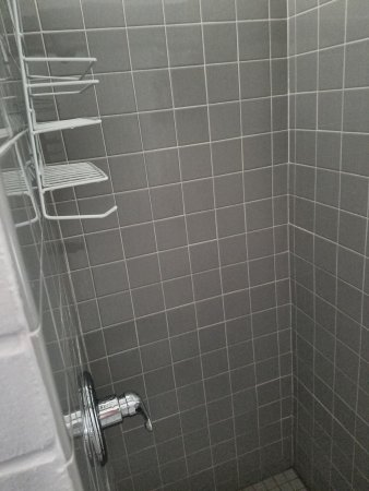 Lakeside, โอไฮโอ: Approximalely 3x3' tiny shower