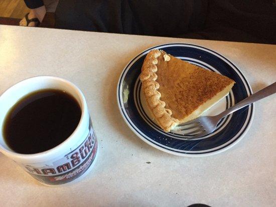 Clare, MI: Pie & coffee