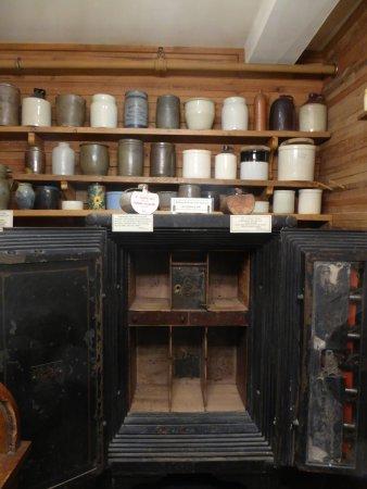 Edinburg, VA: Exhibit - Safe