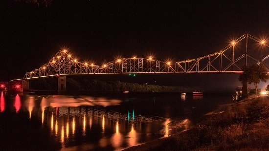 Night view of the Black Hawk Bridge, Lansing, Iowa