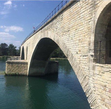 Pont Saint-Bénézet (Pont d'Avignon) : photo0.jpg