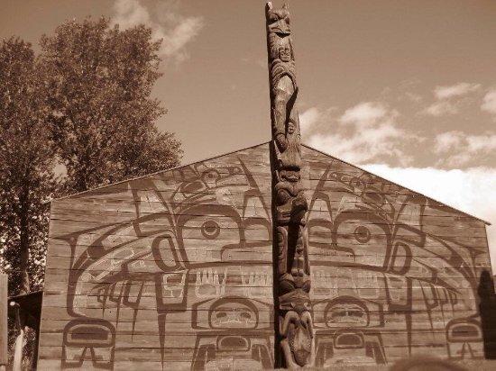 Ksan Historical Village: Beautiful carvings and artistry on 'Ksan site