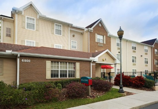 TownePlace Suites Tampa North/I-75 Fletcher: Exterior
